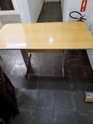 Mesa escritório/ consultório