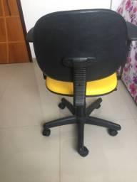 Cadeira de Escritorio usada