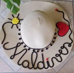 Chapéu de praia com nome personalizado