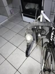Vendo bike giant fibra de carbono
