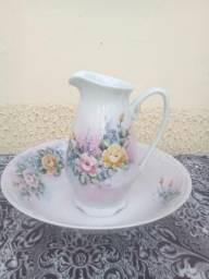 Gomil com Bacia de Porcelana Floral Pequeno. Antiguidade!