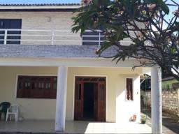 Lauro Casa com 4 suítes em Condomínio Fechado