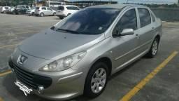 Vende-se Peugeot 307 sedan automático alienado mais emplacado 2019 - 2007