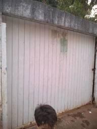 Vendo casa no setor parque Santa Cruz Goiânia