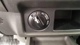 Frontier CD 2.5 XE Diesel 4X4 com 190CV 2013