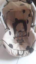 Bebê conforto e cadeira veicular