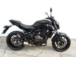 Yamaha mt 07 2020 preta