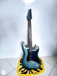 Vendo linda guitarra de 1985