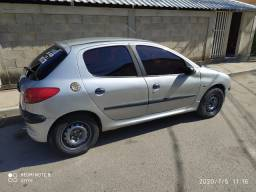 Peugeout 206 1.6 16v ano 2001