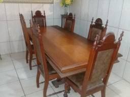 Mesa de jantar 6 cadeiras estofamento novo (2,20 x 0,98 cm)