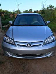 Honda Civic mais top da ilha