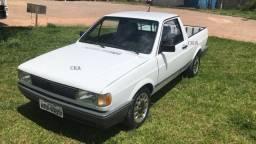 VW - Saveiro CL 1.8 quadrada 1995 branca