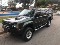 Mitsubishi L200 GLS 4x4 Turbo Diesel 2000