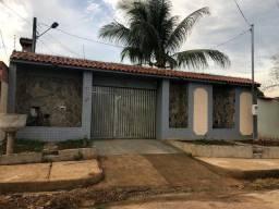 Alugo imóvel residencial na Rua Castelo Branco nr 4515, Bairro Nova Esperança