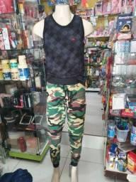Calça camuflada masculina