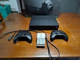 Vendo Xbox one X  1TB   2 controles
