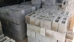 Vendo fábrica de blocos de cimento