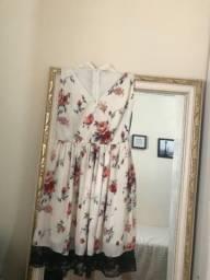 Vestido Floral. Tamanho P