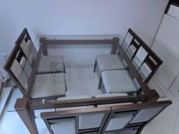 Mesa de jantar com 6 cadeiras (usada)