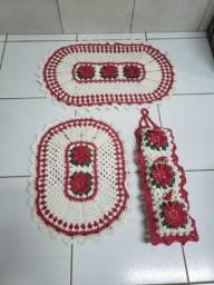 Oferta Tapetes de Banheiro em Crochê de Barbante com Flor Entrego e Aceito Cartão
