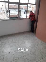 ALUGO APARTAMENTO NO MARACANAÚ R$500,00 RUA 27 N 75 C