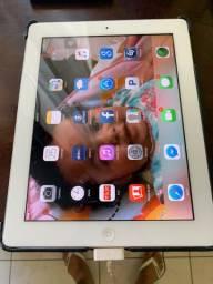 iPad 2                900,00