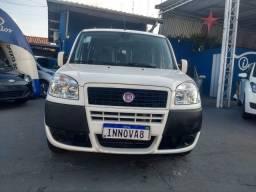 Fiat Doblo 7 lugares 2018!! completa motor flex!! carro muito novo baixo km!!