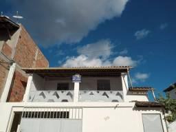 Alugo casa no bairro Ana Lucia