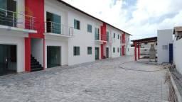 Apartamento com 2 dormitórios à venda, 65 m² por R$ 300.000,00 - Rodovia - Porto Seguro/BA
