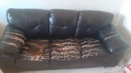 Sofa com uma estrutura forte,   apenas   100 reais