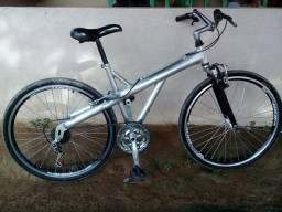Vendo bicicleta em alumínio