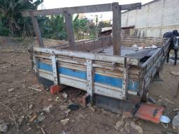 Carroceria 4,50 x 2,50 mts (ideal para casinha modulo passageiro munck)