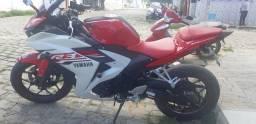 Moto r3