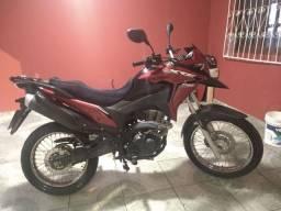 Vendo moto Honda XRE 190