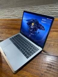 MacBook Pro comprado novo em 2019 - Apenas 25 ciclos de bateria