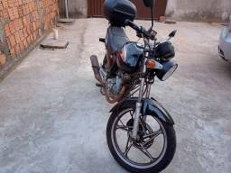 Título do anúncio: Moto Suzuki
