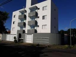 Apartamento para Locação em Uberlândia, Umuarama, 2 dormitórios, 1 suíte, 1 banheiro, 1 va