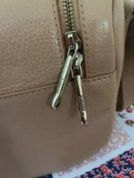 Vendo linda bolsa Schutz original R$ 350,00