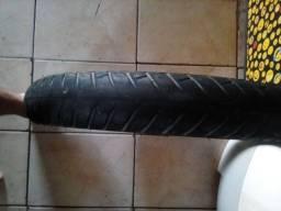 Vendo pneu Michelin roda muito