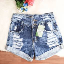 Shortinhos Jeans veste tamanho 38. Apenas R$ 49,00