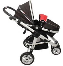 Carrinho de bebê Absoluto Dandara, não acompanha bebê conforto.