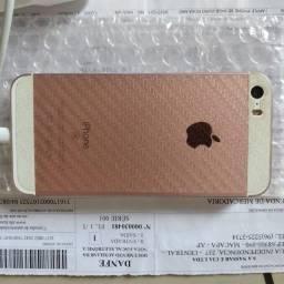 Iphone SE com caixa, nota fiscal, carregador e icloud liberado, funcionado normal