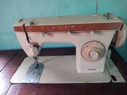 Vendo Máquina de costura SINGER zig zag