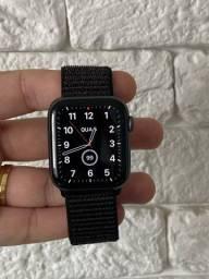 Apple Watch serie 4 44mm + 2 pulseiras!
