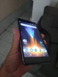 Smartphone Quantum V projetor integrado