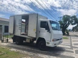 Frete caminhão baú Paranaguá