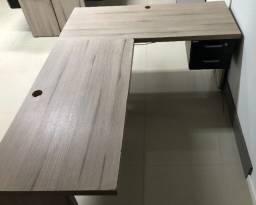 mesa escrivaninha de canto (em L) - c/ gaveteiro