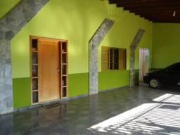 Casa a 700 metros do Shopping Rondon Plaza com 250m d área total - bairro Coophalis
