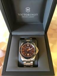 Relógio Victorinox Suíço, Modelo Maverick. Novo, com nota fiscal