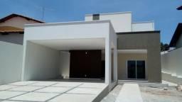 Bela casa duplex de 230m² com 4 suítes e DCE, no bairro Santa Isabel (Zona Leste)